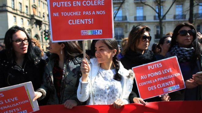Procenjuje se da u Francuskoj ima između 30.000 i 40.000 seksualnih radnica. Fotografija: AP