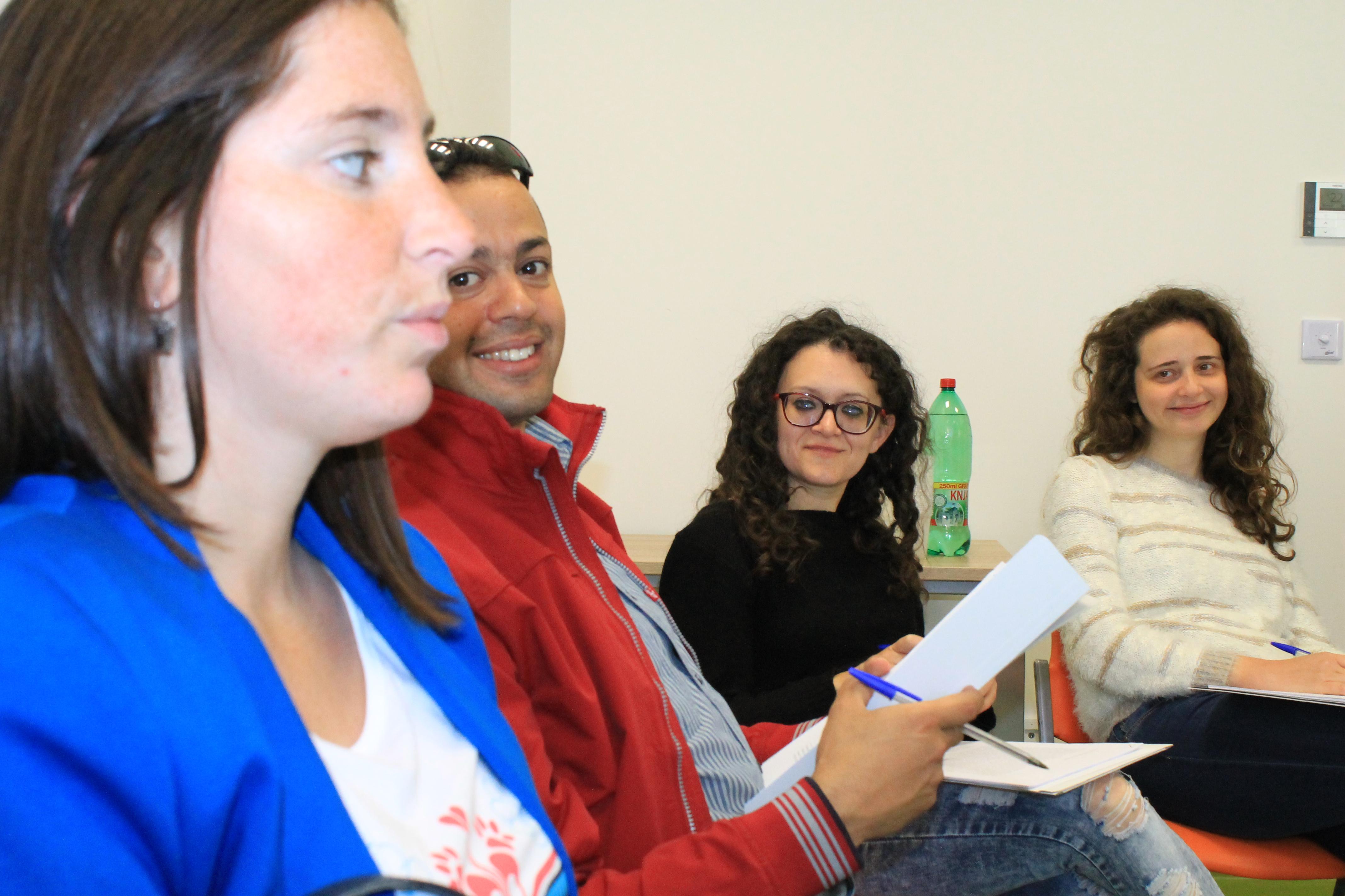 NGO Atina, Arsis, La strada, unaccompanied minors